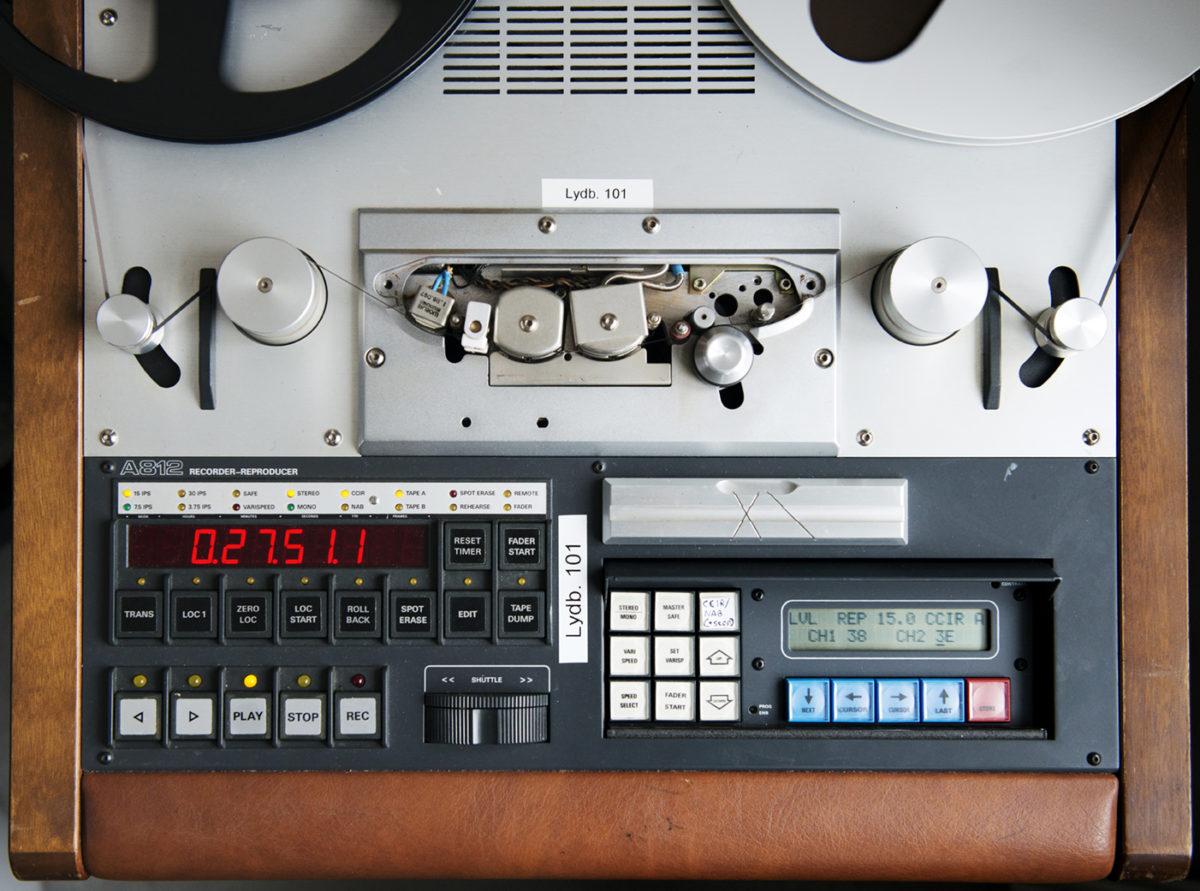 Avspillingsutstyr for lydbånd.
