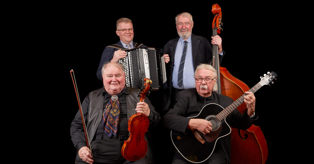 Gamle danser fra Telemark.Knut Buen og Håvard Svendsrud trio