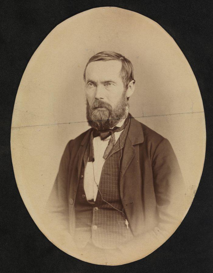 Portrett forfra halvfigur