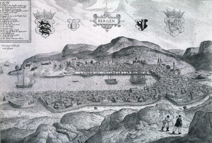 Prospekt, havn, svart-hvitt, fjell i bakgrunnen