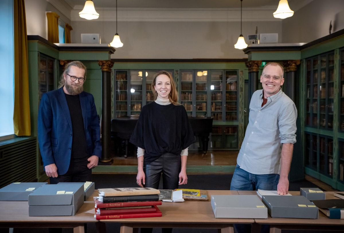 Sara Skorgan Teigen donerer arkivet etter faren til Nasjonalbiblioteket.